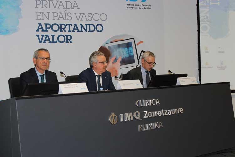 Acto de clausura con Pedro Ensunza (Grupo IMQ), Mikel Álvarez (Ayuntamiento Bilbao) y Joseba Vidorreta (Quirónsalud).