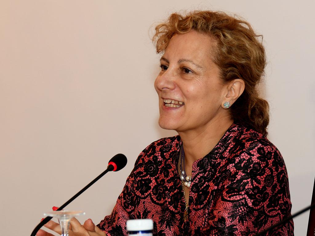 Elsa González (FAPE) durante la apertura del acto