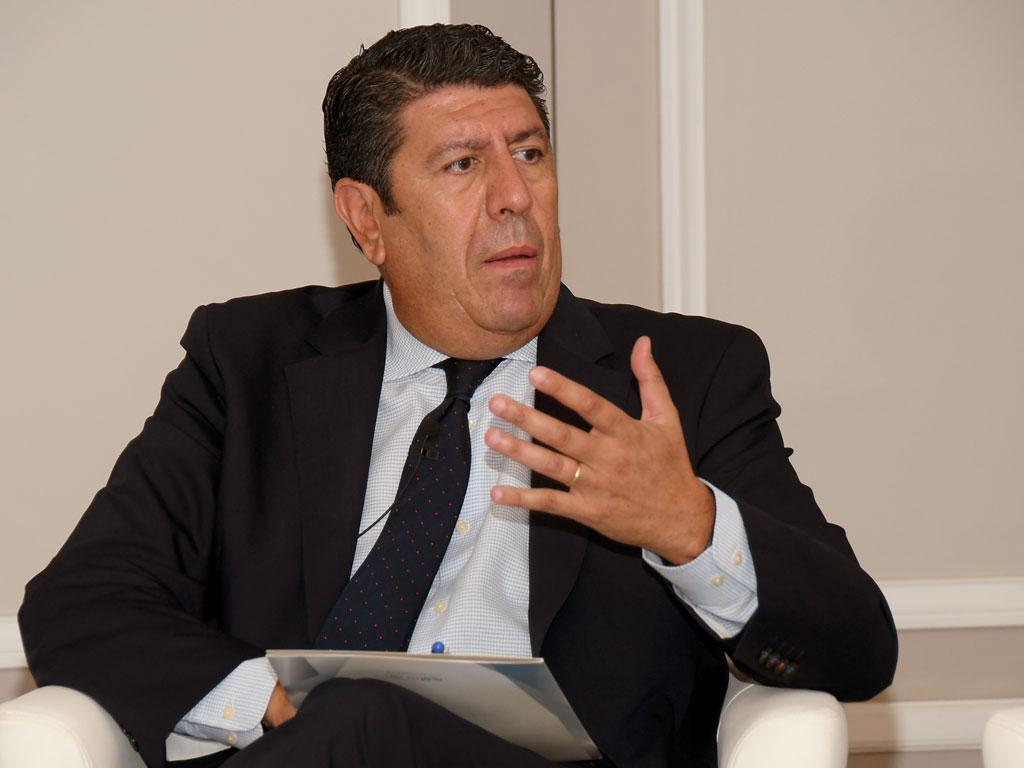 Manuel Vilches (Vithas e IDIS) representó a la gestión sanitaria en el debate