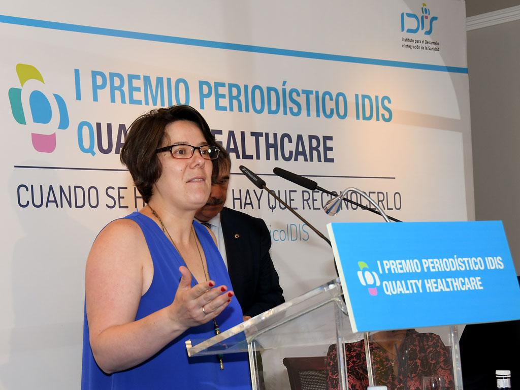 Laura Gutiérrez habla ante los asistentes a la Jornada