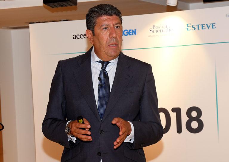 Manuel Vilches (Idis) durante su intervención